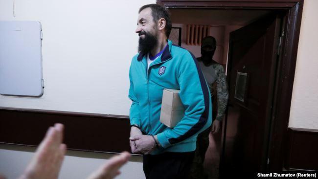 Моряк Андрій Оприско перед судовим засіданням у Москві, 17 липня 2019 року