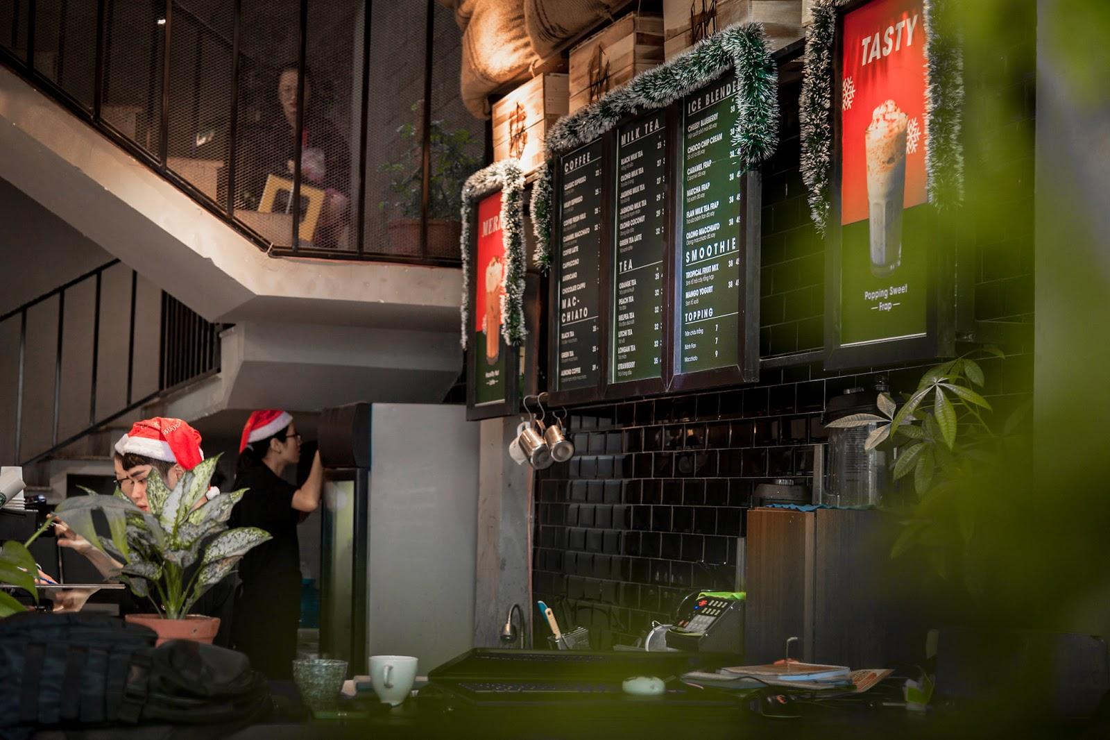 THƯ GIÃN TẠI 5 QUÁN CAFE PHONG CÁCH TỐI GIẢN Ở QUY NHƠN 33