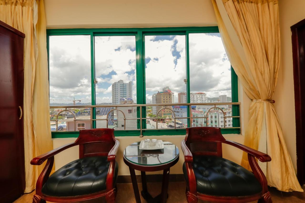 View từ trong phòng khách sạn Sunlight