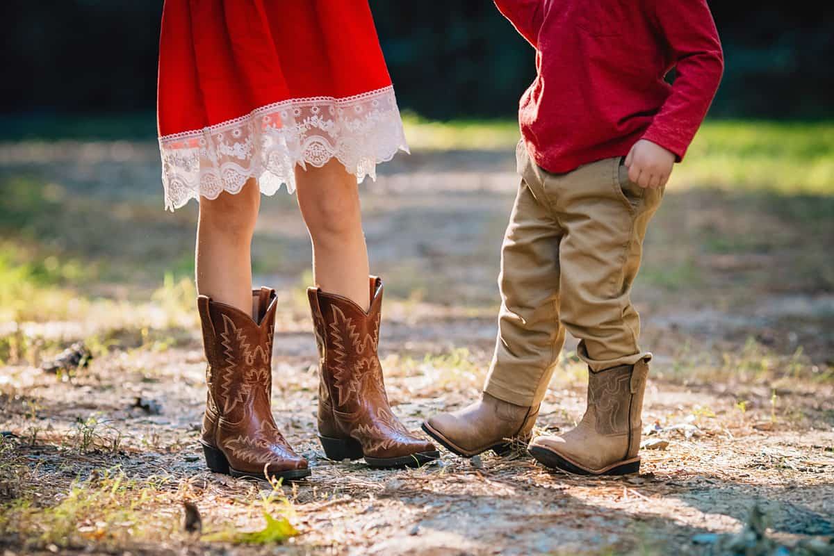 Daily Mom parents portal holiday 2018 Boot Barn Kids new shoes