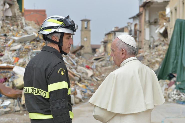 Đức Thánh Cha gặp những nạn nhân động đất Ý tại Vatican ngày mai