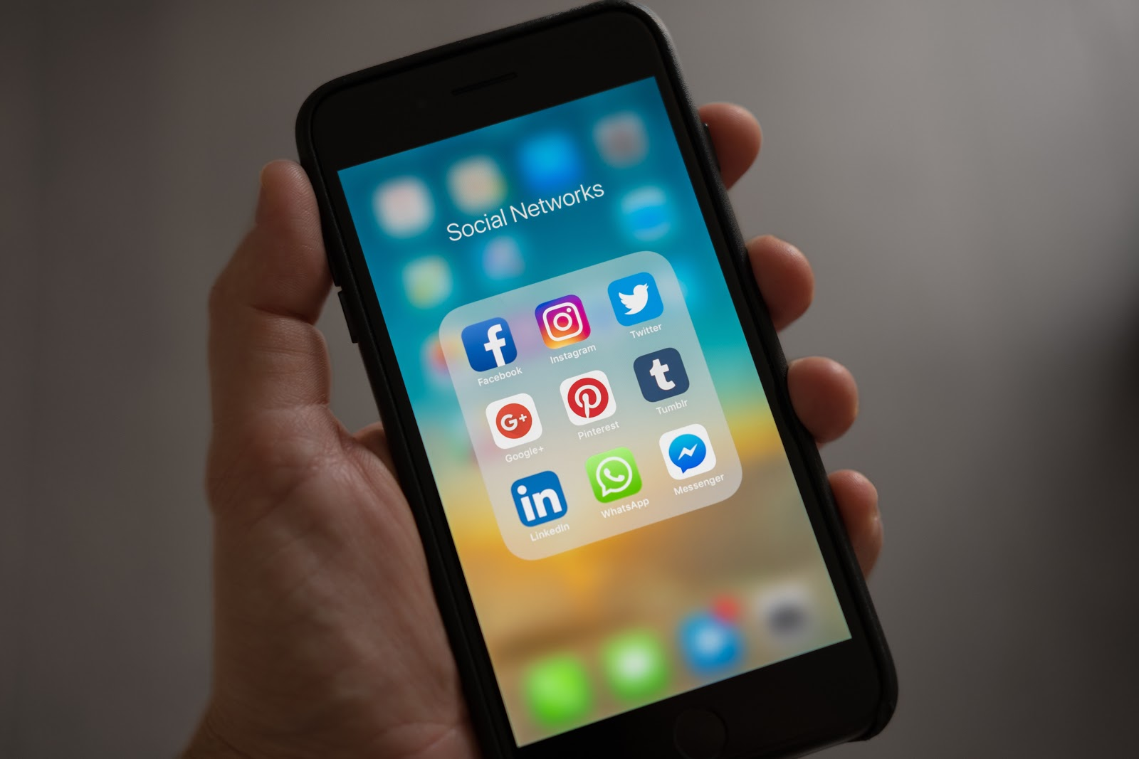 Use social media marketing to get more insurance restoration leads