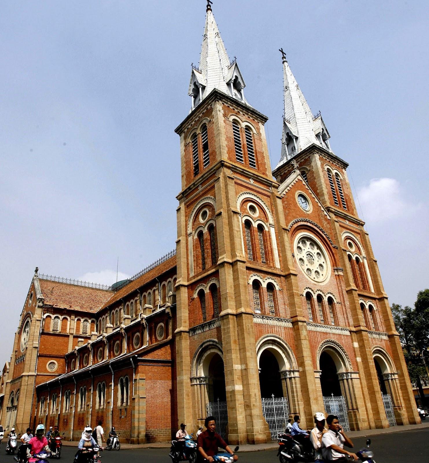 Nhà thờ Đức Bà (Tp. Hồ Chí Minh)