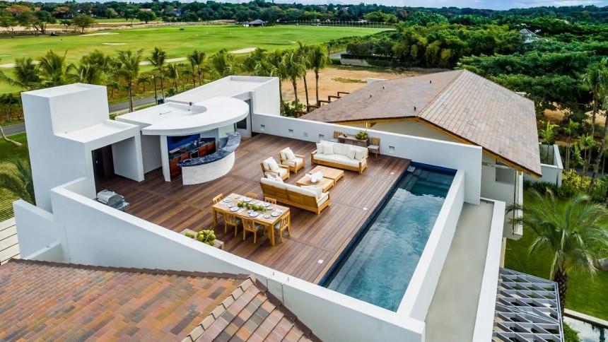 Bể bơi sân thượng giải phóng giới hạn về tầm nhìn cho công trình