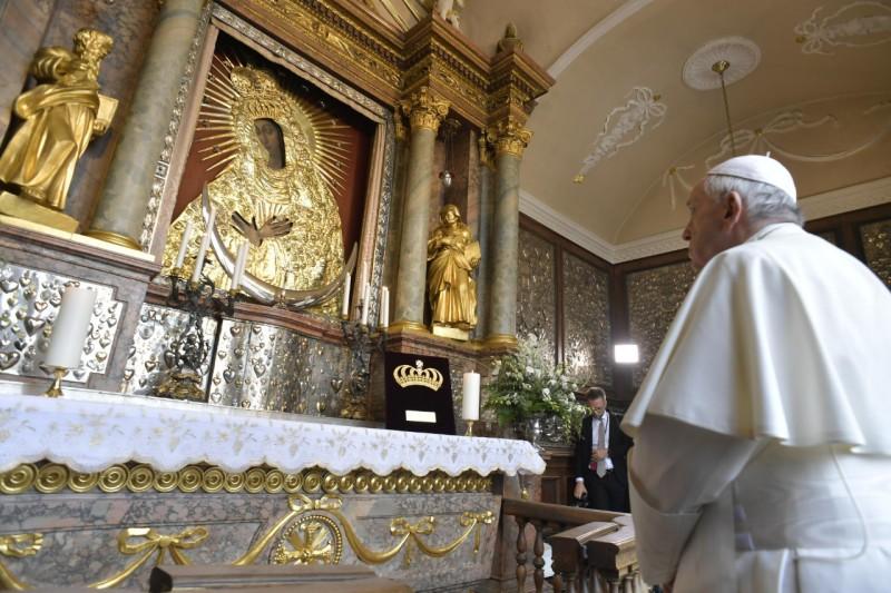 Huấn từ của Đức Thánh Cha tại Đền thờ Đức Mẹ hay Thương xót, Vilnius, Lithuania