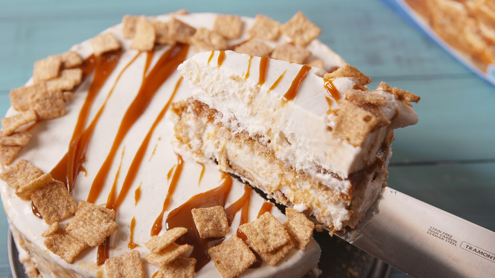 Cinnamon toast crunch ice cream cake