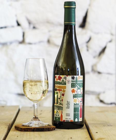 etykieta samoprzylepna na wino