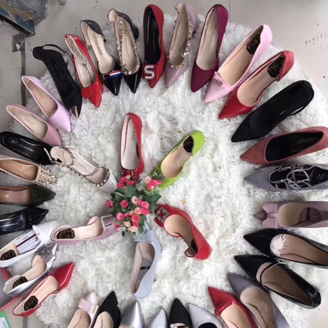 Khaâu quảng cáo tiếp thị giày cần phải được lưu tâm