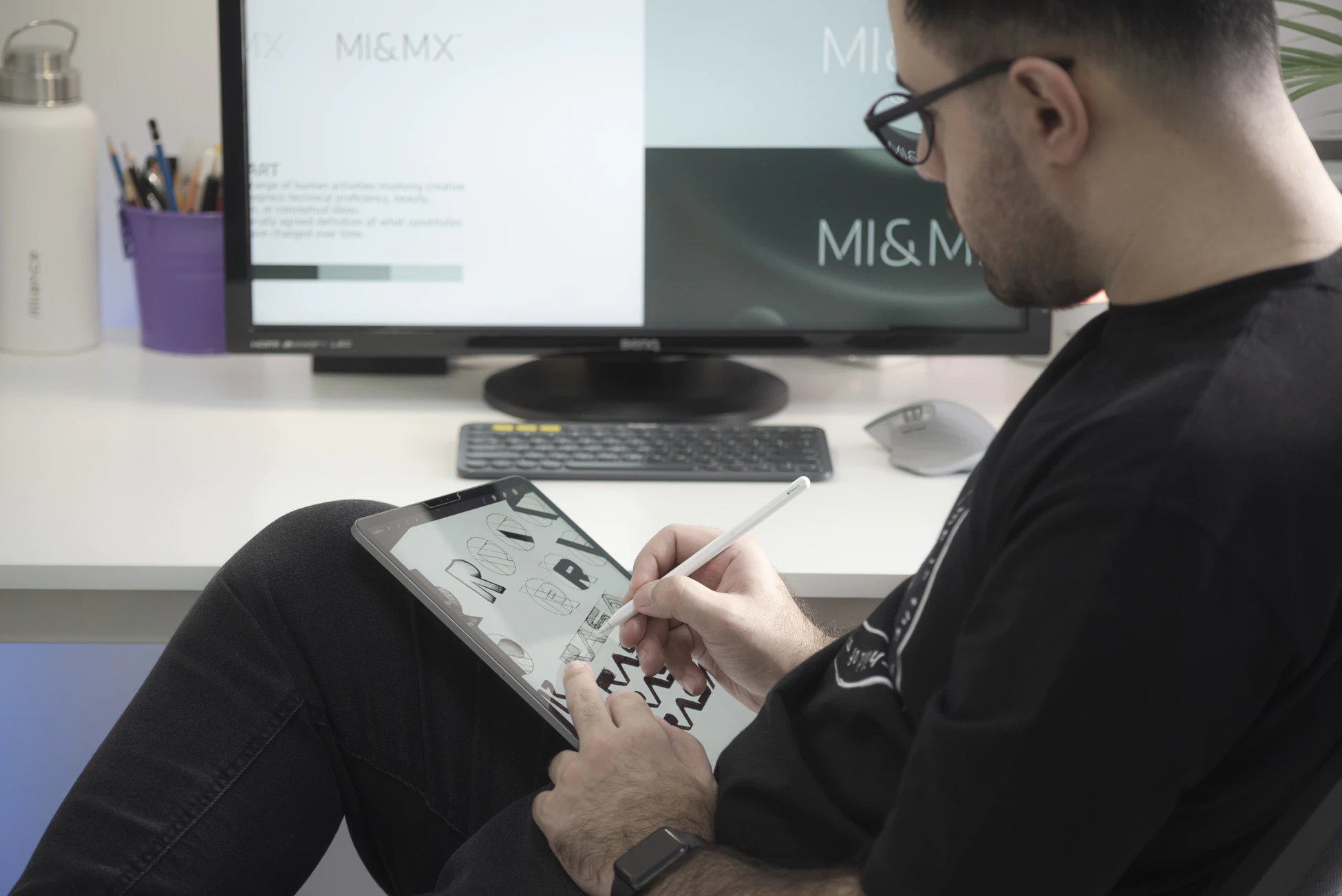 graphic designer jobs that you can do on the road.