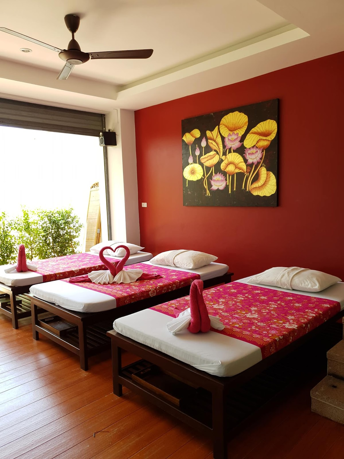 Massage beds of the Massage Corner.