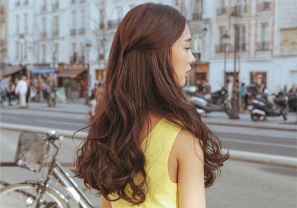 tóc uốn gợn sóng