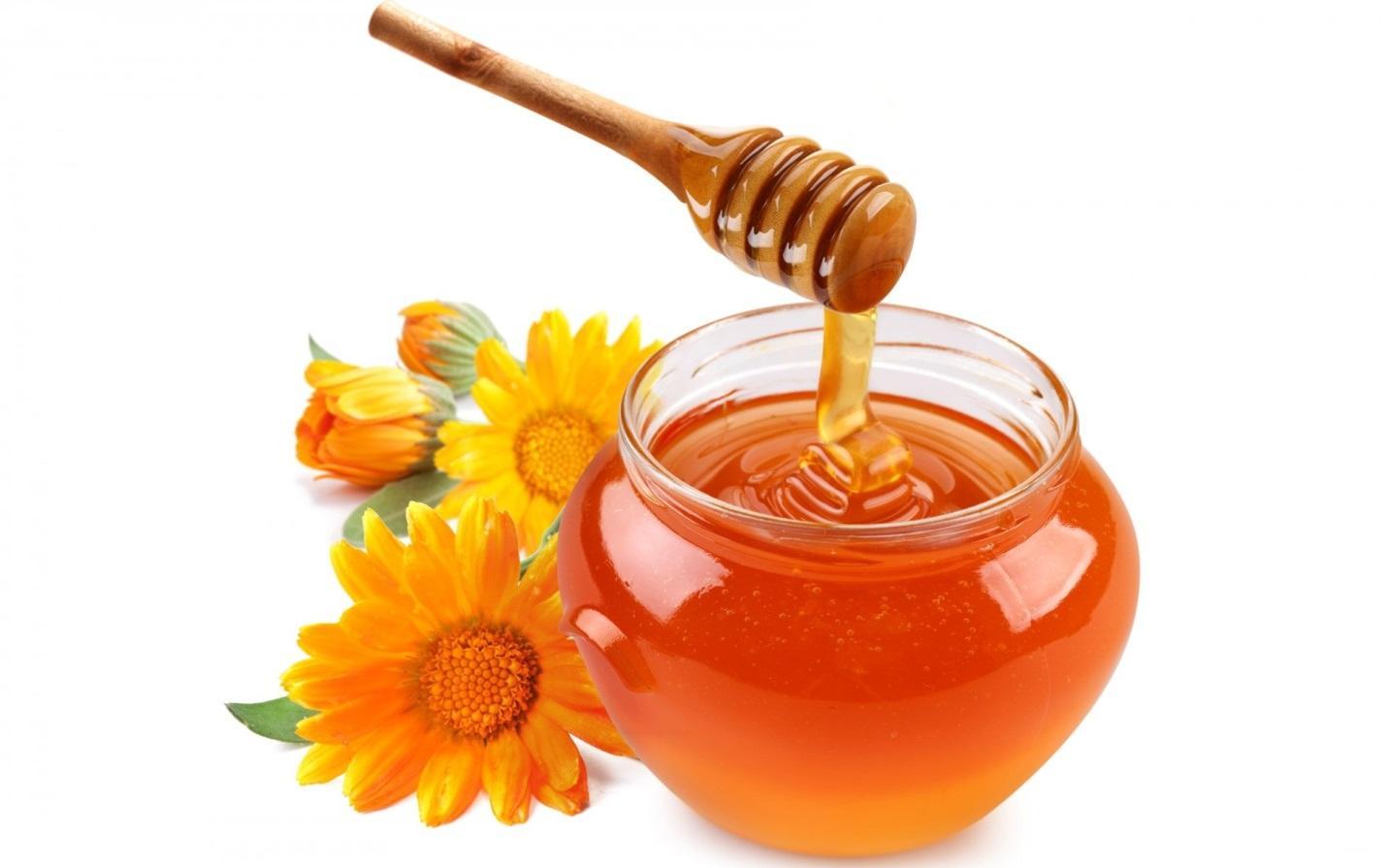 Trắng da hiệu quả bằng mật ong