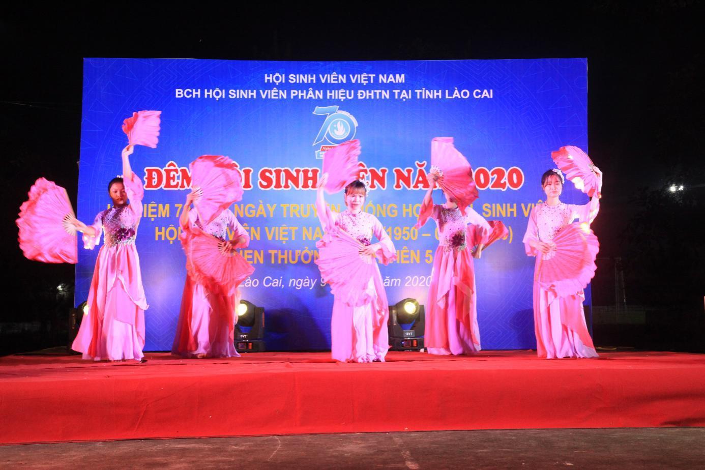 """Thắp sáng ngọn lửa """"Đêm hội sinh viên"""" Phân hiệu Đại học Thái Nguyên tại tỉnh Lào Cai"""
