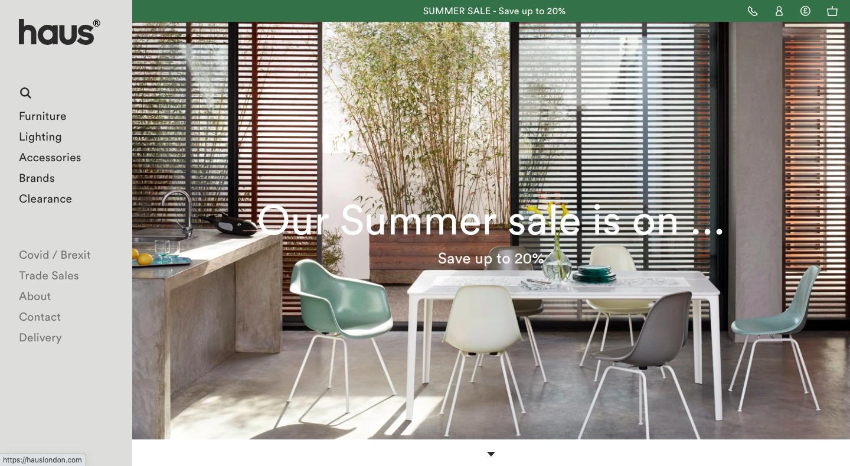 ハォスは、様々なブランドの家具や家庭用品を取り扱うネットショップです。拠点のロンドンには実店舗があり、ローカルデリバリーにも対応しています。