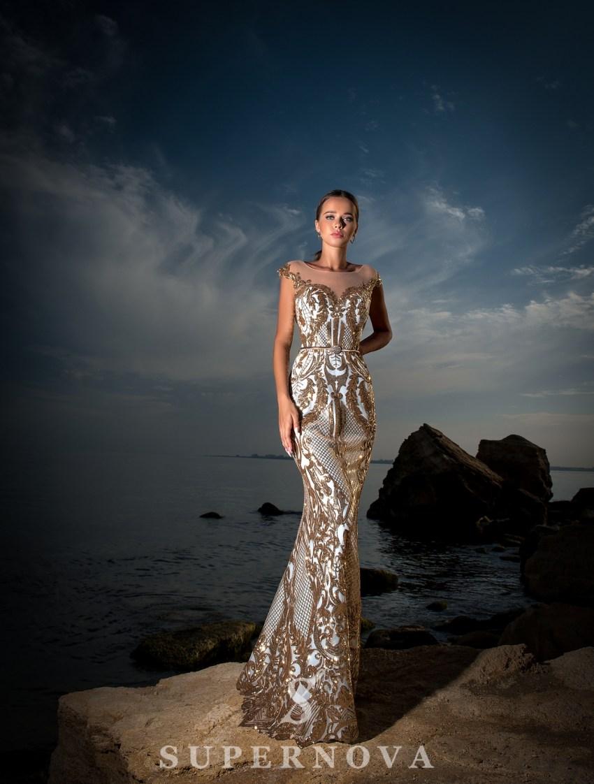 Приталенное вечернее платье оптом