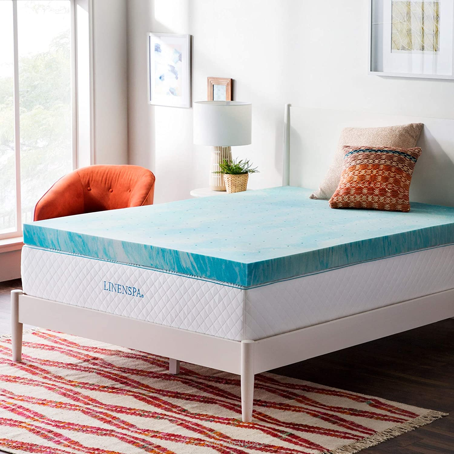 Gel infused mattress toppers contain gel throughout while gel swirl toppers include gel in a swirl pattern