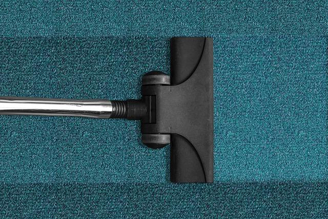 vacuum-cleaner-268179_640.jpg