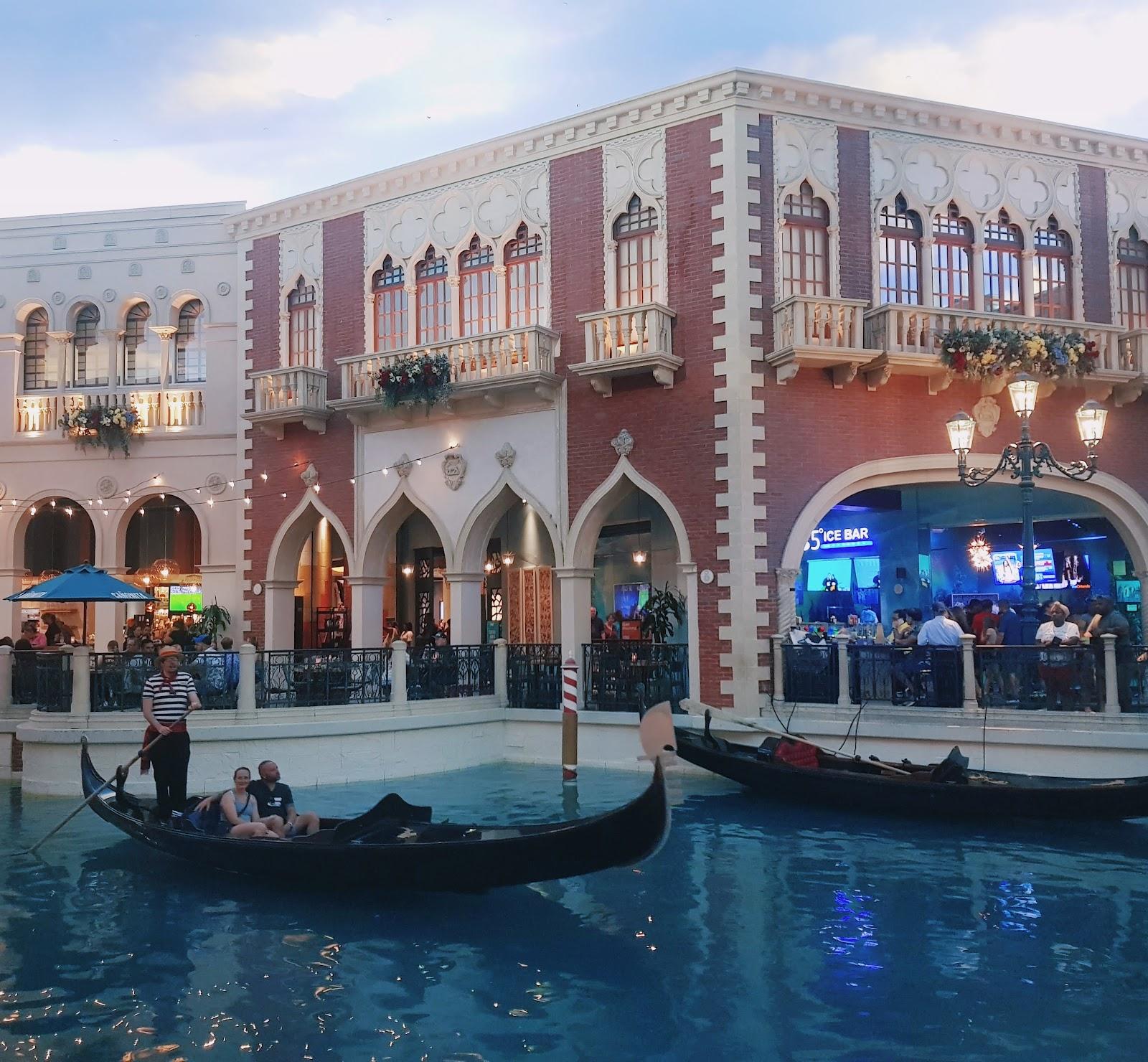 מלון וונישן ונציה בלאס וגאס מדריך מלא המלצות איפה לאכול