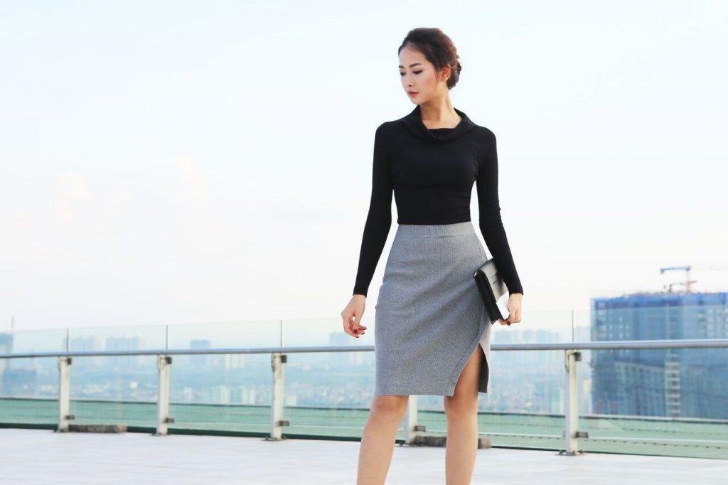 Chân váy len mix cùng áo len cổ đổ