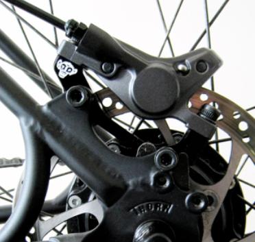скрип дискового тормоза велосипед