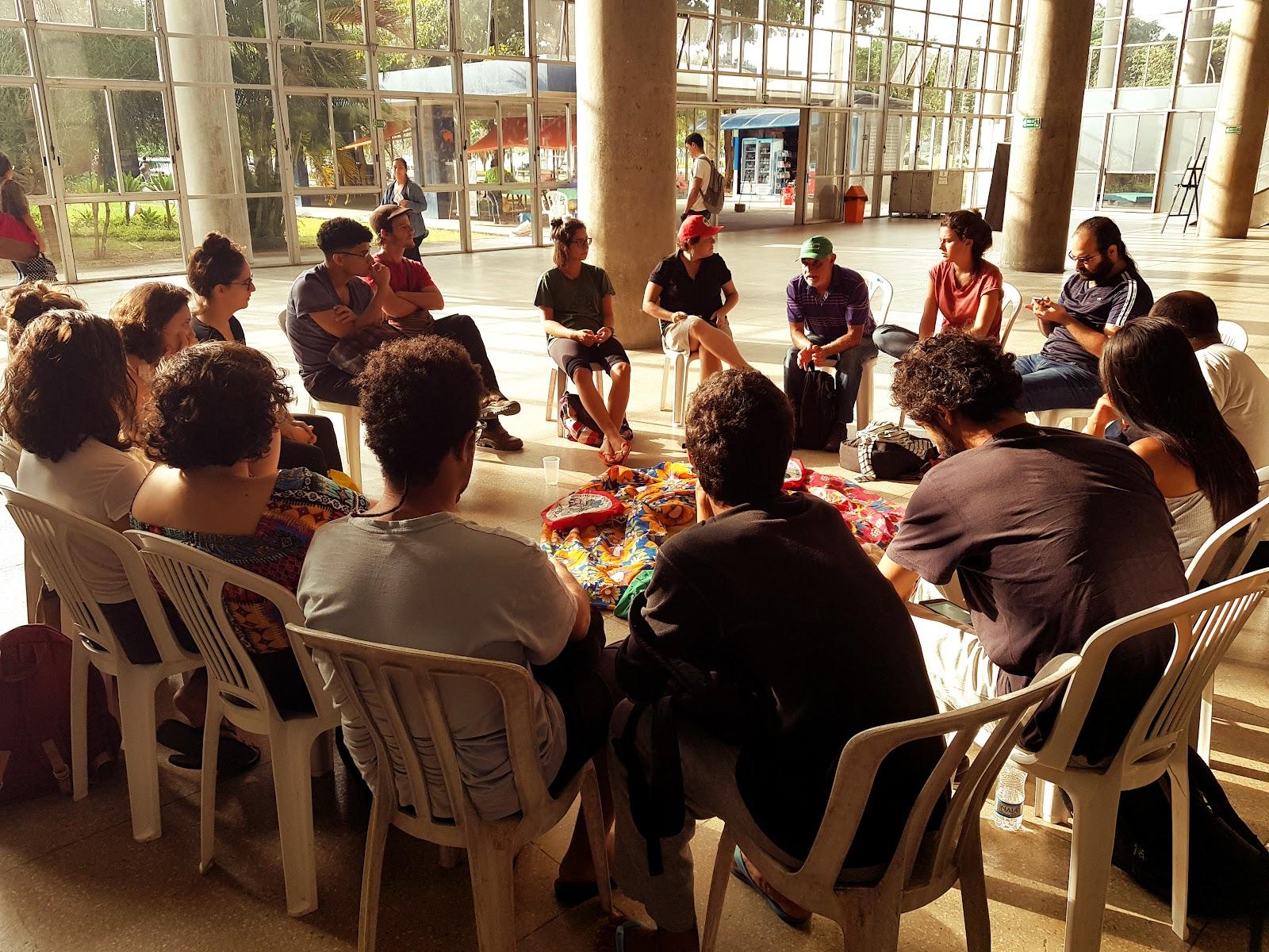 Foto 4: Roda de conversa organizada pelos projetos CaCi e TecSARA na JURA de 2018.