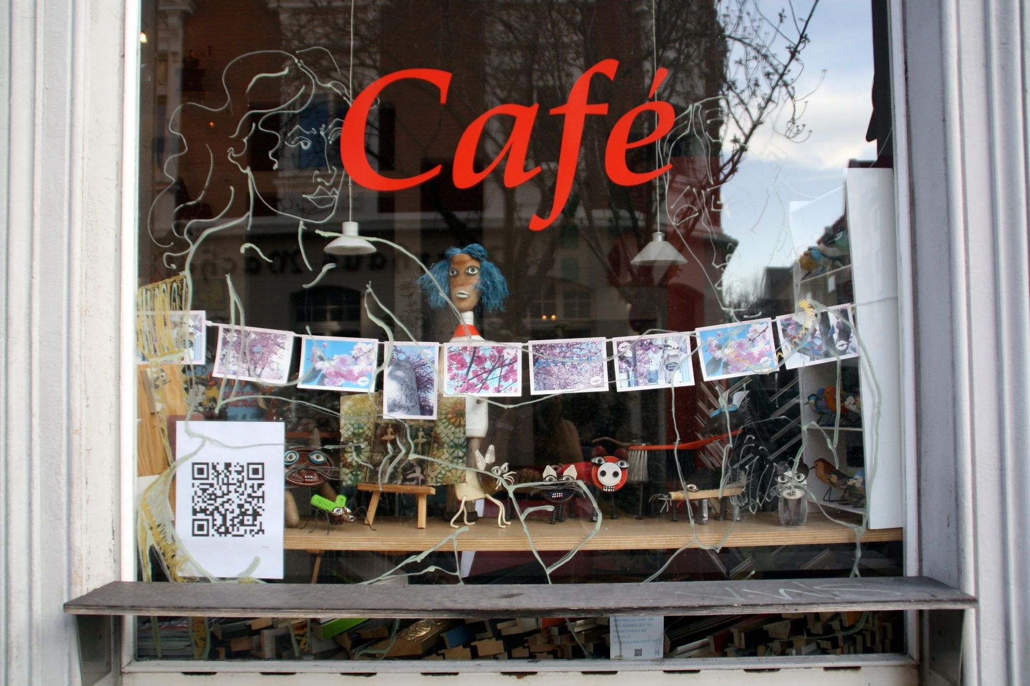 The 9 Best Ways to Display Your QR Codes