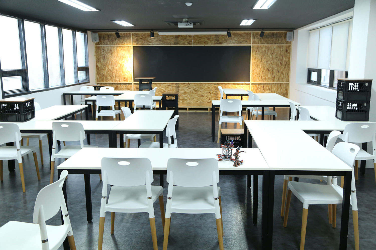 Hive Arena Coworking Space in Seoul