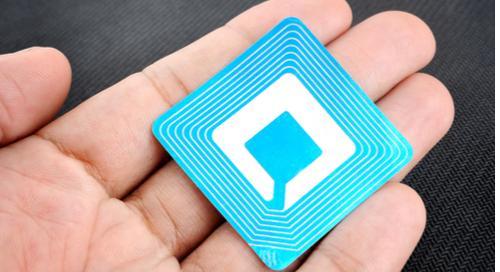 Znaczniki pasywne RFID PCB mogą być tak cienkie jak kartka papieru