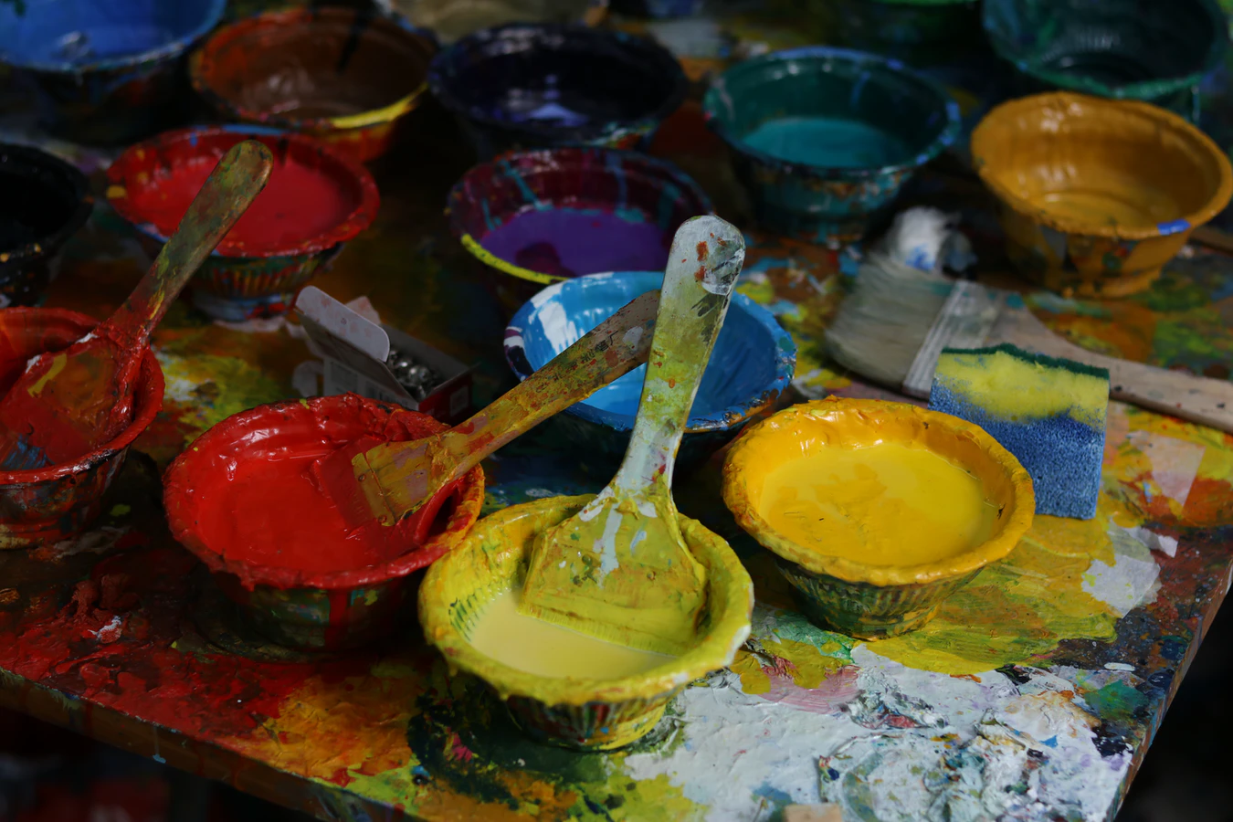 How to Protect Acrylic Paint From Being Washed