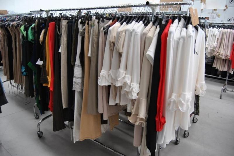 0f85f4749c15b9 Możesz kupić hurtownia odzieży Włoskiej w hali ASG, EACC, kilka stoisk w  GD2, GD3 i hali Polskiej w Wólce Kosowskiej.