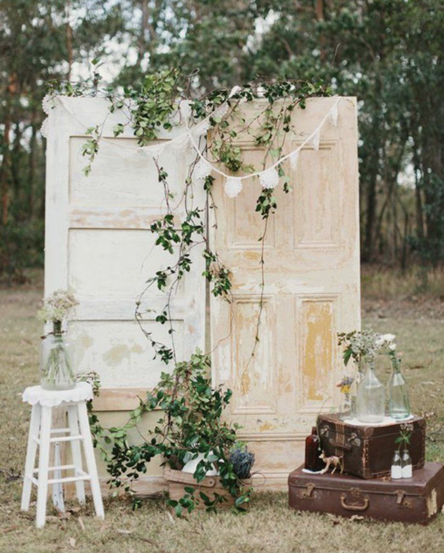 rustic door backdrop with vines