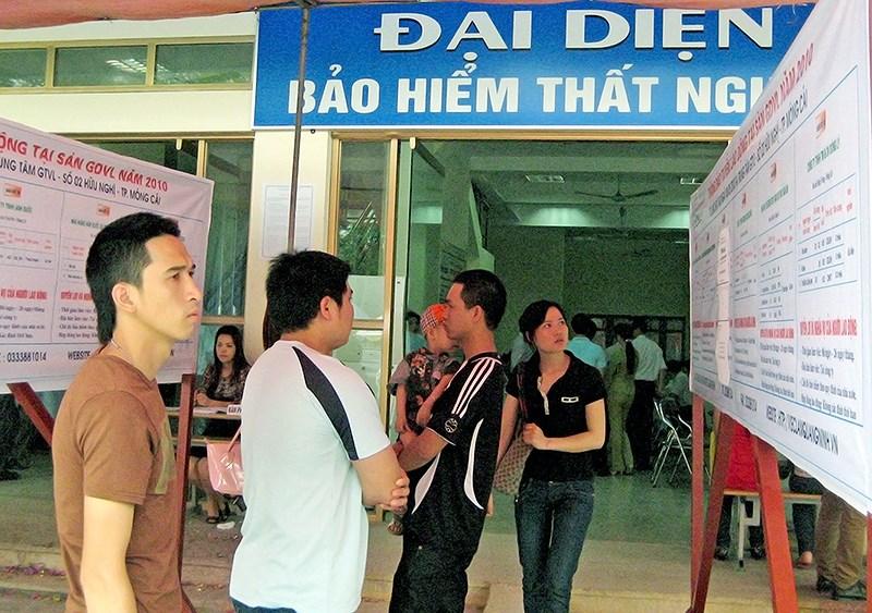 Đối tượng bắt buộc tham gia BHTN theo quy định của Pháp luật.