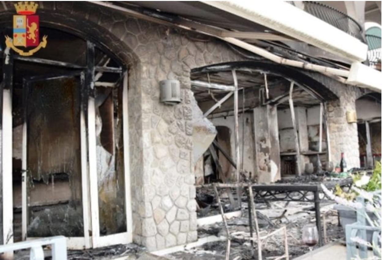 Scarcerazione incendio doloso: immagini della casa vacanze acquisite dalla Polizia Giudiziaria in seguito all'incendio