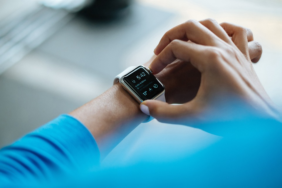 5 Advantages of Using a Smartwatch 1