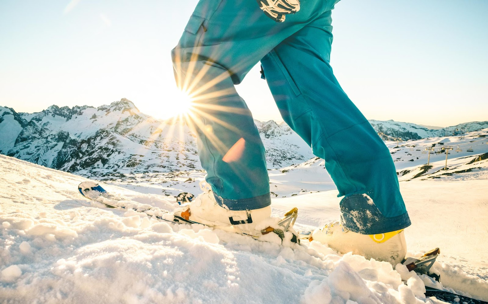 First Time Skiing? Here's What to Wear and Bring!