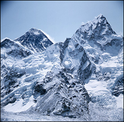 Gunung Everest (India)