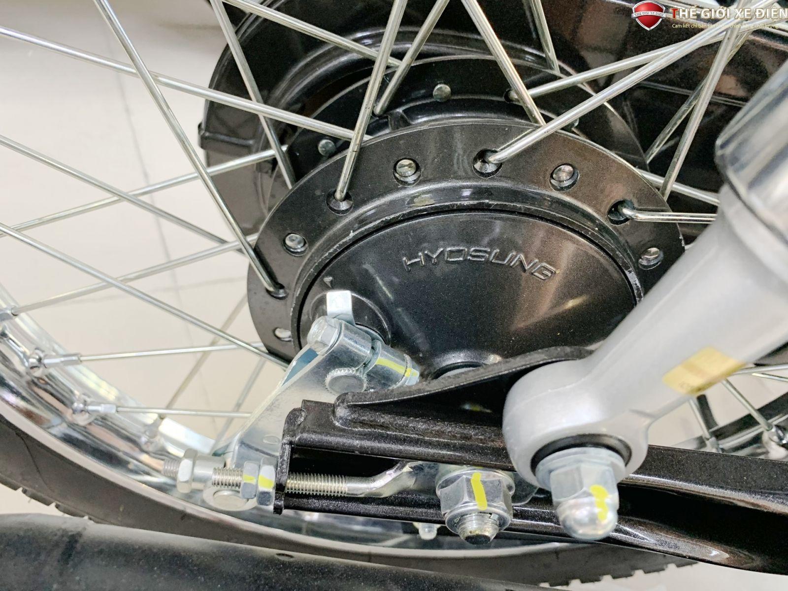 lốp xe được thiết kế với độ bám đường tốt