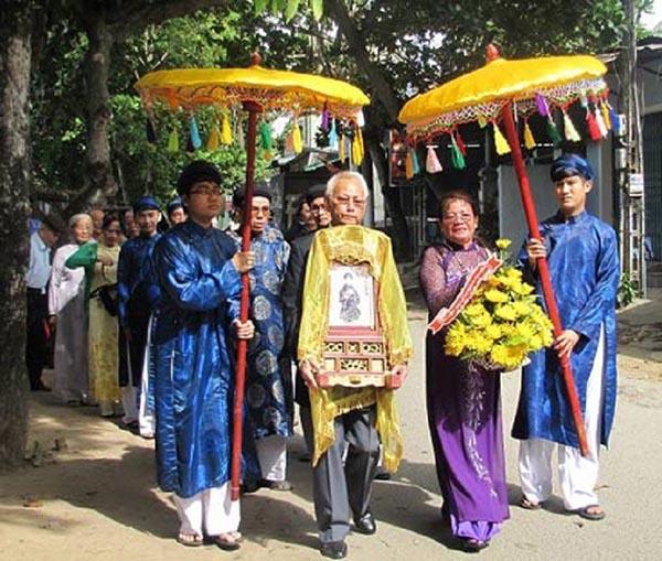 Năm 1987, hài cốt vua Duy Tân được đưa về an táng trọng thể tại An Lăng, Huế