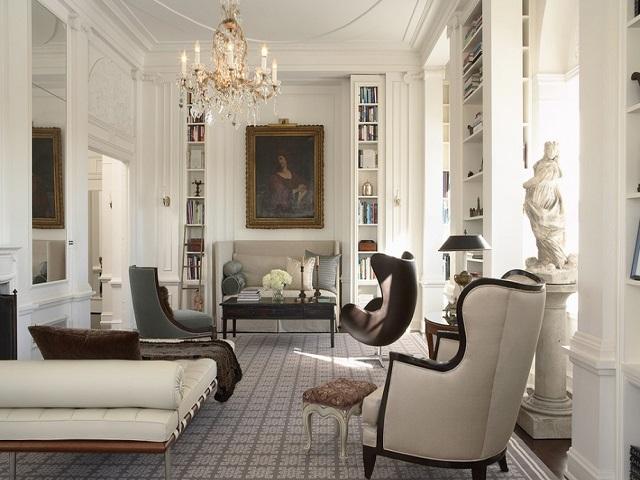 Interior desain bergaya Victorian dengan pemilihan warna yang selaras - source: interiordesign.id