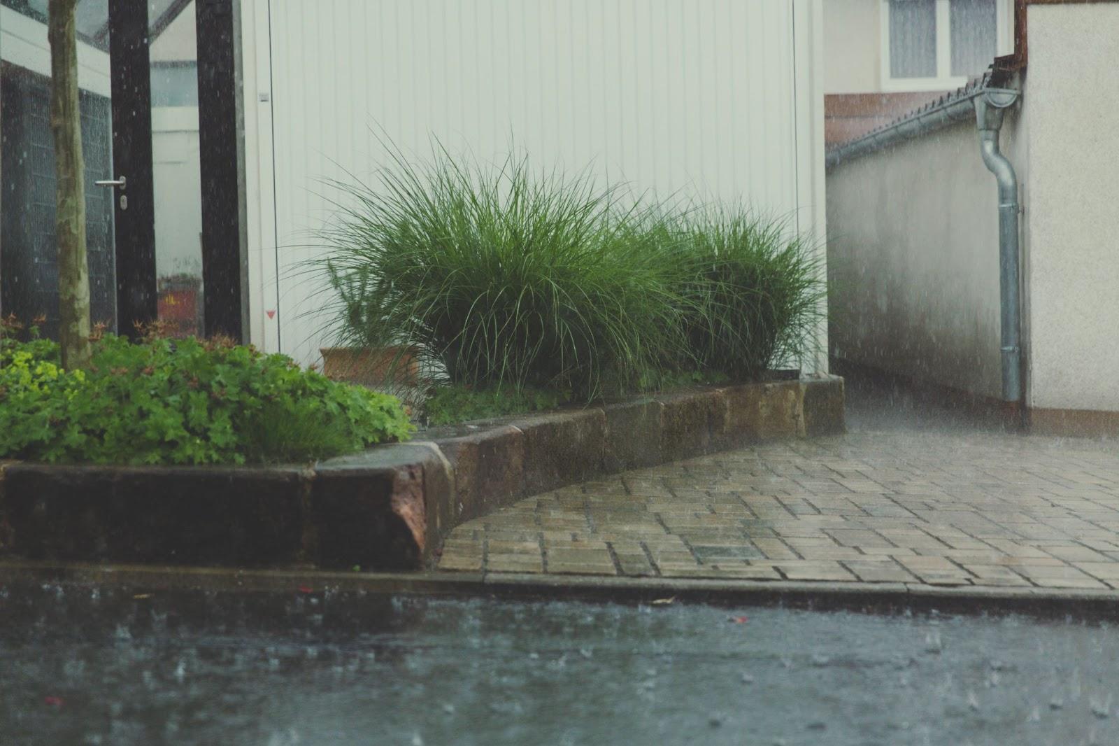 Storm event causing flooding