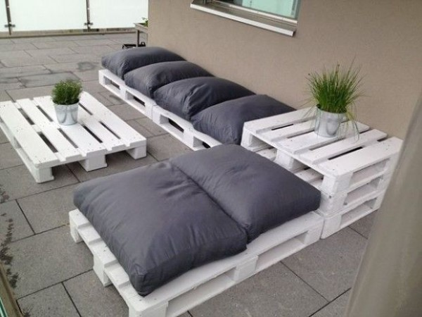 5 Projects to use Wood Pallets - Livos Canada - Natural Sealers ...