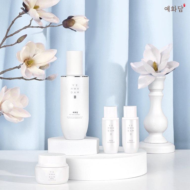 Yehwadam Jeju Magnolia Pure Brightening