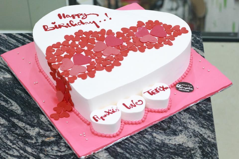 Các loại bánh sinh nhật phổ biến được yêu thích nhất
