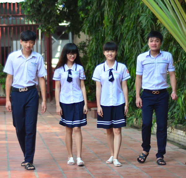 Đồng phục trường Hồng Hà Chất vải làm đồng phục cao cấp