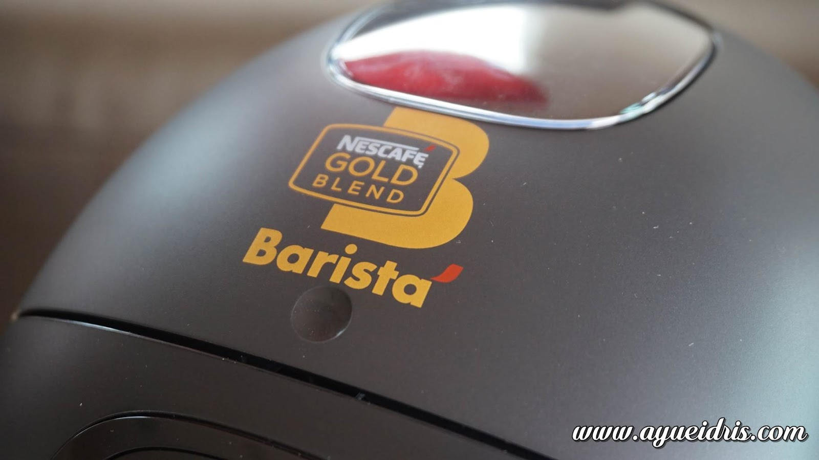 Nescafe Gold Barista Coffee Machine cara guna harga (2).JPG