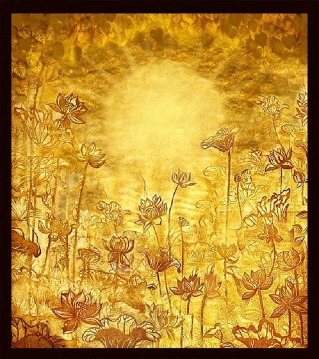 Họa tiết hoa sen trên tranh phong thủy treo bàn thờ mang nhiều ý nghĩa sâu sắc