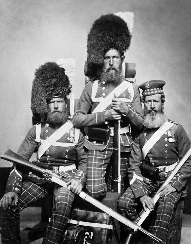 Шотландские солдаты Королевского полка британской армии в Крыму