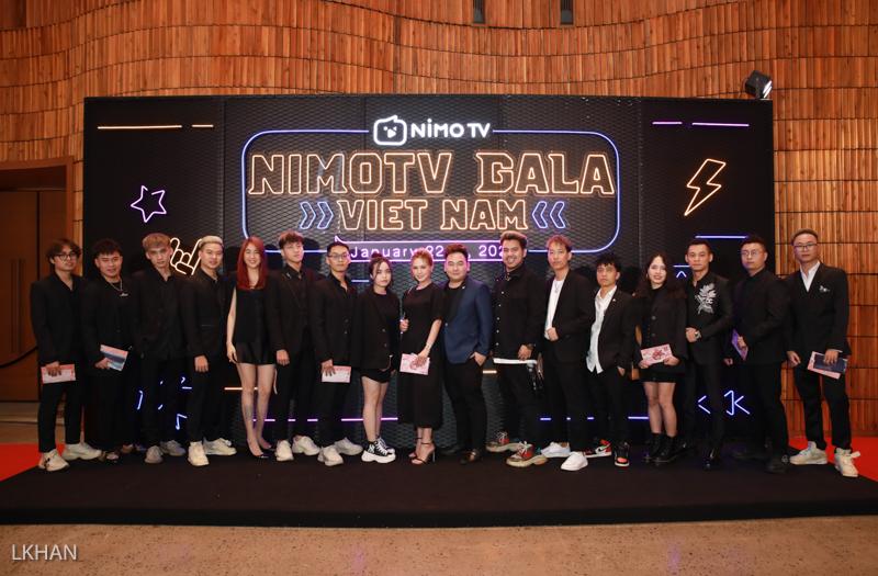 Dàn hot boy xuất hiện bảnh bao tại Gala Nimo TV: Trông ai cũng là soái ca, xứng danh nam thần làng Streamer Việt - Ảnh 3.