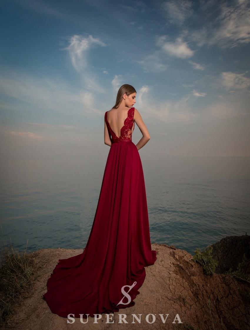 Вечірня сукня на випускний