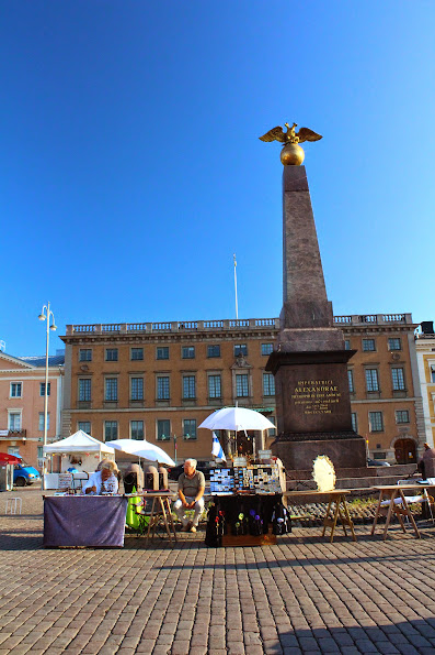 kauppatori market finnish souvenirs